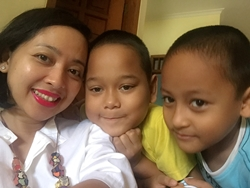 Kisah Seorang Ibu yang Sukses dalam Bekerja Sekaligus Membimbing Belajar 2 Anaknya Dengan Memanfaatkan Buku Sekolah Digital