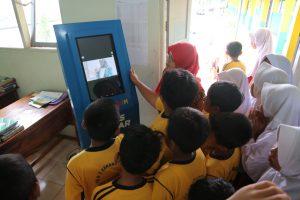 KIPIN kios pintar, pendidikan indonesia, selamatkan pendidikan, pembelajaran digital, e-learning, pendidikan gratis, pendidikan murah
