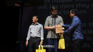 allan schneitz mahnan marbawi sistem pendidikan indonesia, pentingnya pendidikan pancasila