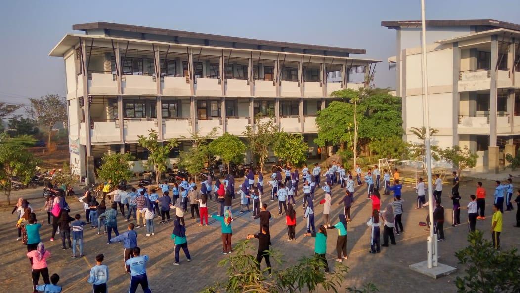 SMA Labschool UNESA Surabaya, pembelajaran berbasis teknologi