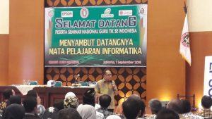seminar guru nasional PGRI guru TIK
