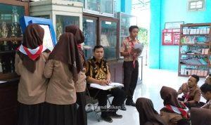 sarana e-learning digitalisasi pendidikan sman 21 surabaya