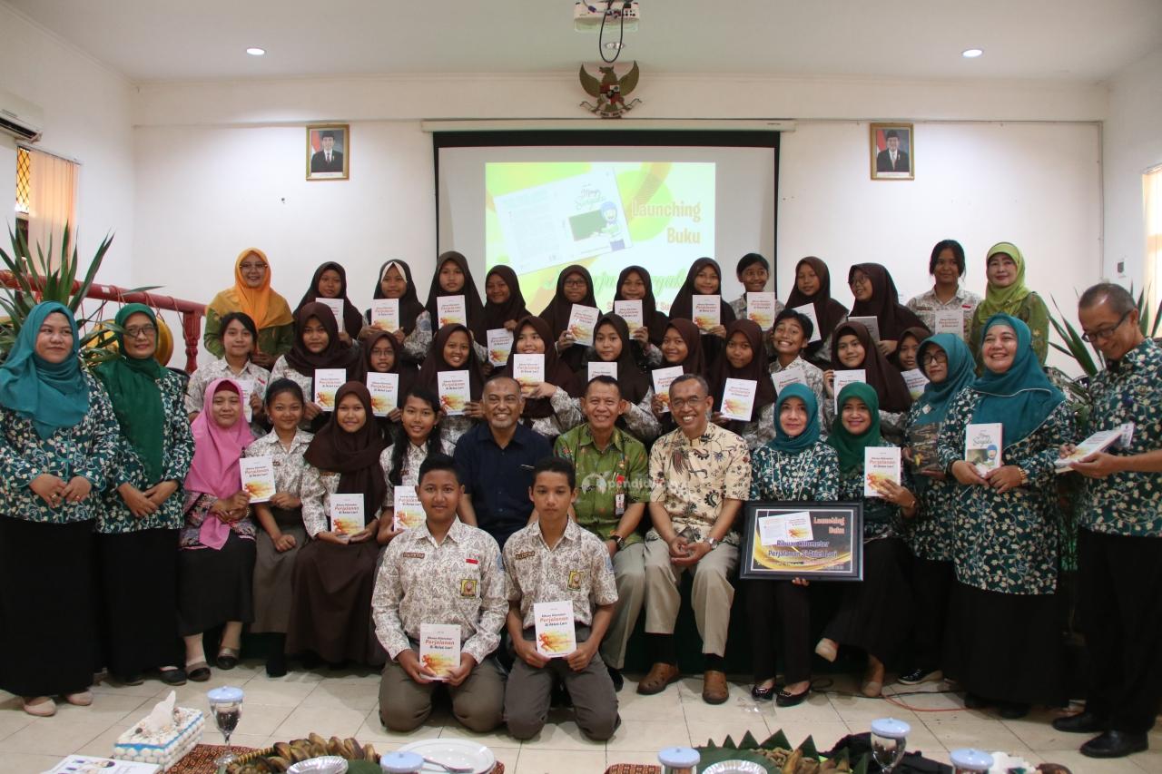 Launching Buku Literasi dan Sosialisasi Tryout Online SMPN 17 Surabaya