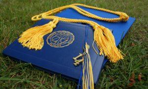 pentingnya pendidikan tinggi, kuliah atau bekerja, perlukah kuliah