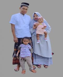 Supriadi bersama Keluarga