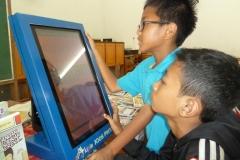 kios-pintar-membantu-pelajar-indonesia-mendapatkan-pembelajaran-tambahan-untuk-meningkatkan-pengetahuan-sekolah26