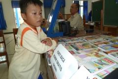 membaca-komik-pendidikan-bacaan-literasi-indonesia