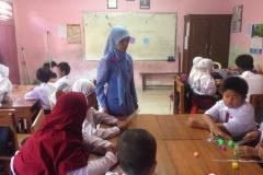 sekolah-dasar-tritunggal-surabaya-di-kelas