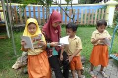 Komik-pendidikan-membantu-gerakan-literasi-indonesia41