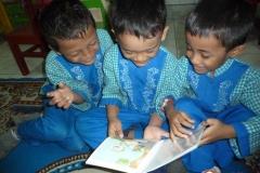 Komik-pendidikan-membantu-gerakan-literasi-indonesia72
