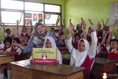 belajar-di-kelas-bersama-buku-sekolah-digital01