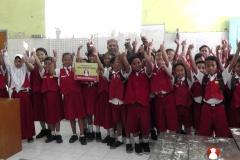 belajar-di-kelas-bersama-buku-sekolah-digital04