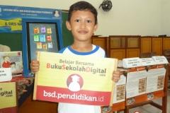 belajar-menggunakan-buku-sekolah-digital02