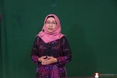 guru-biologi-sma-memproduksi-video-pendidikan4