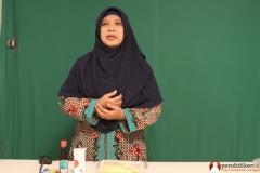 guru-biologi-sma-memproduksi-video-pendidikan5