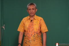guru-biologi-sma-memproduksi-video-pendidikan6