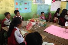 kegiatan-belajar-siswa-SD-surabaya10