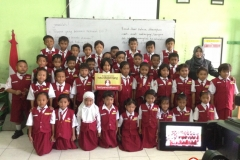 kegiatan-belajar-siswa-SD-surabaya16