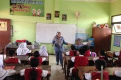 kegiatan-belajar-siswa-SD-surabaya23