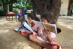 mendukung-gerakan-literasi-indonesia-bersama-baca-komik-pendidikan