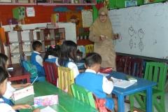 pelajar-tk-membaca-komik-literasi-anak-seri-moral-dan-kesehatan06