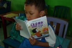 pelajar-tk-membaca-komik-literasi-anak-seri-moral-dan-kesehatan23