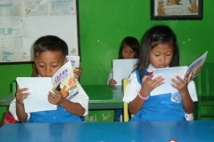 pelajar-tk-membaca-komik-literasi-anak-seri-moral-dan-kesehatan25