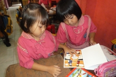 pelajar-tk-membaca-komik-literasi-anak-seri-moral-dan-kesehatan72
