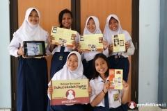 smp_labschool_unesa_10